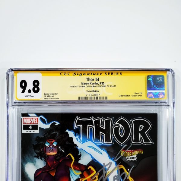 Thor (2020) #4 CGC SS 9.8 NM/M Variant Front Label